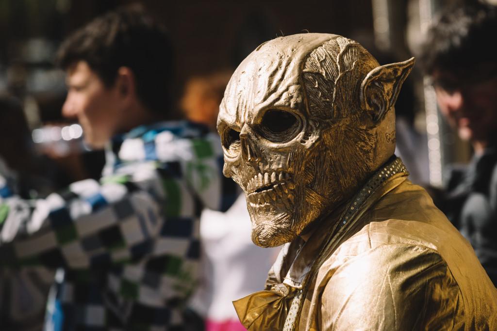 guild-photo-walk-london-street-performer