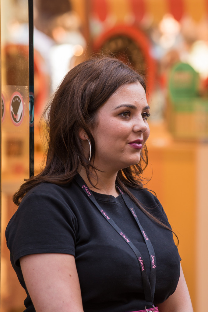 guild-photo-walk-london-shop-assistant