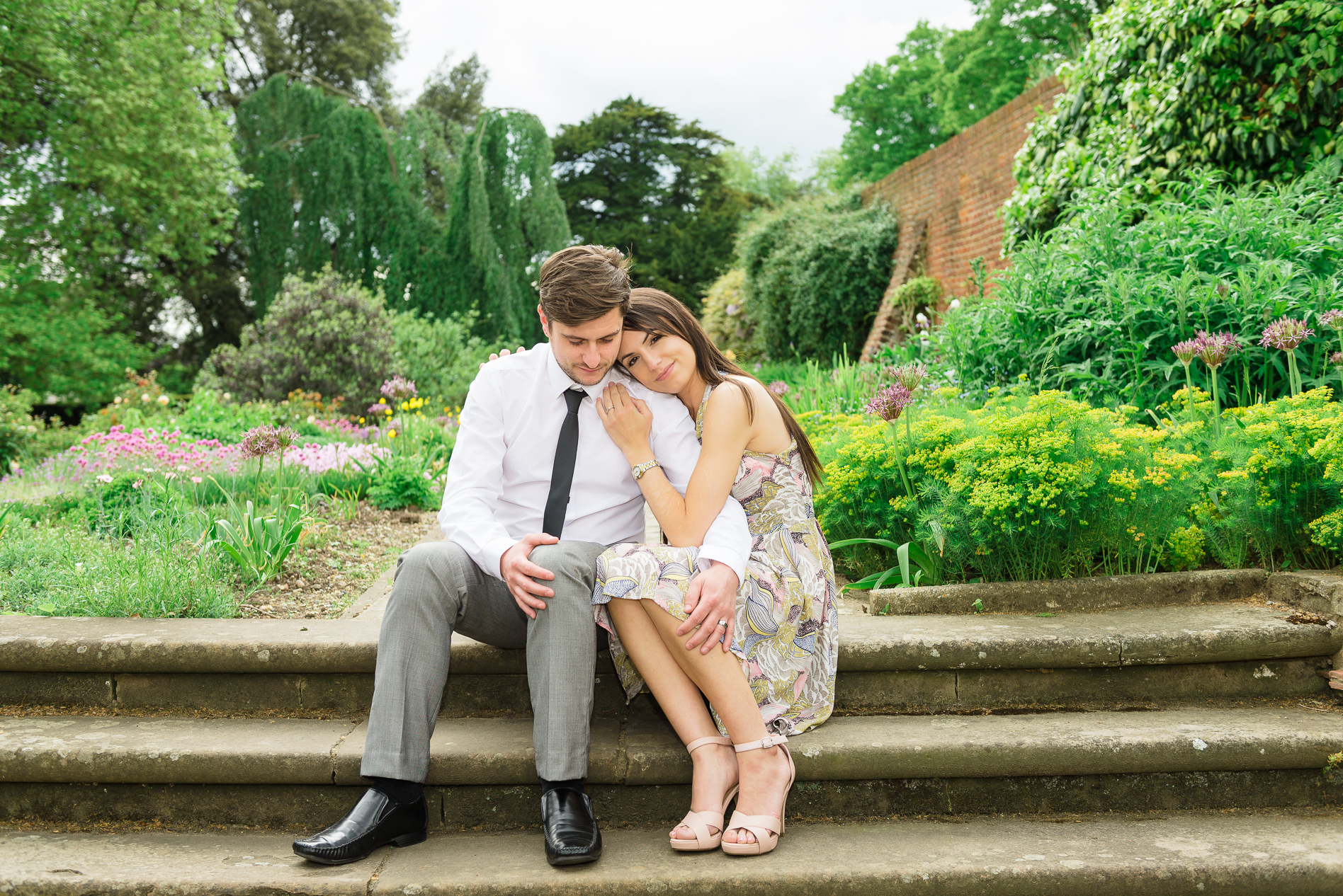 Hall place bexley pre wedding photo shoot vikki jack for Places for photo shoots