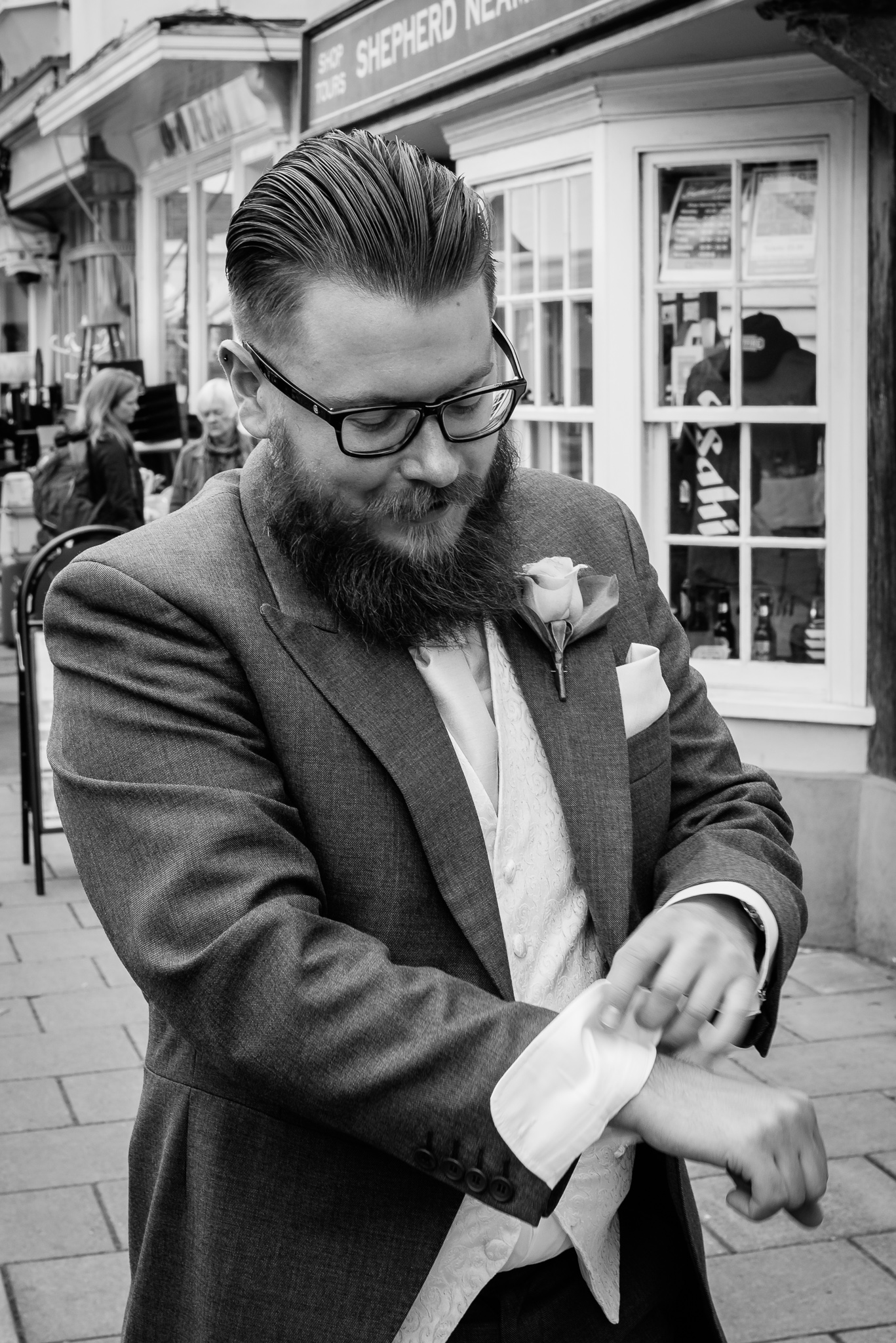 Stylish Wedding Photographer Kent | Oakhouse Photography