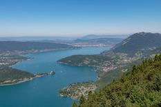 Destination Wedding Photographer Lake Annecy