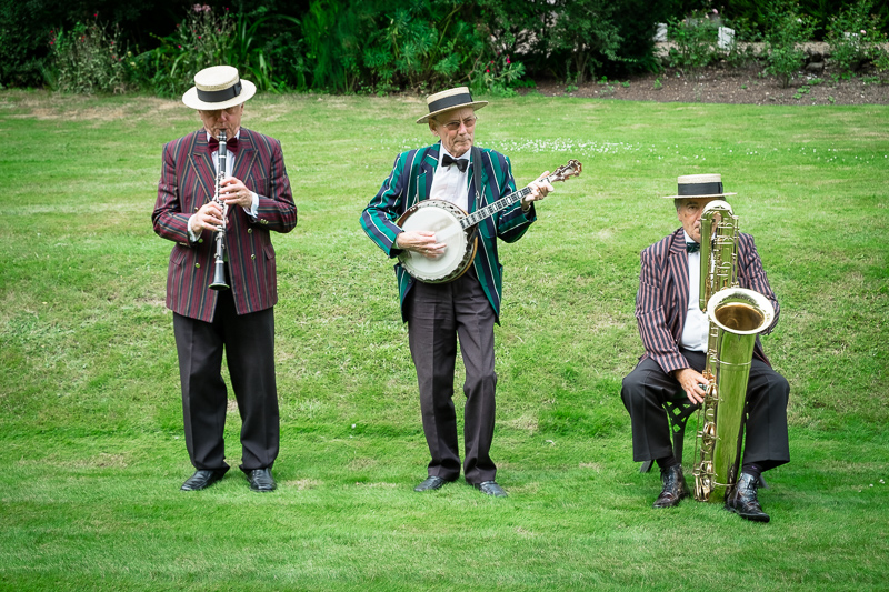 Rowhill Grange Hotel Wedding Jazz Band | Oakhouse Photography