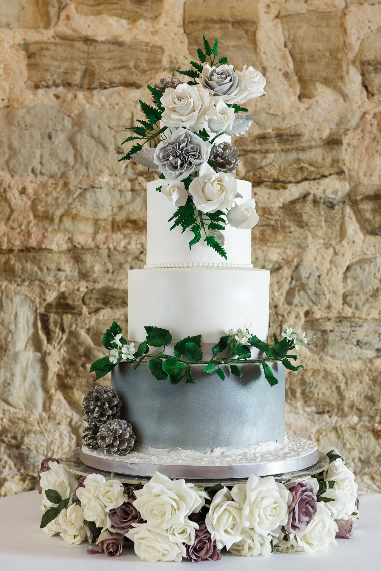Baking Beautiful Wedding Cake Photo Shoot | Oakhouse Photography
