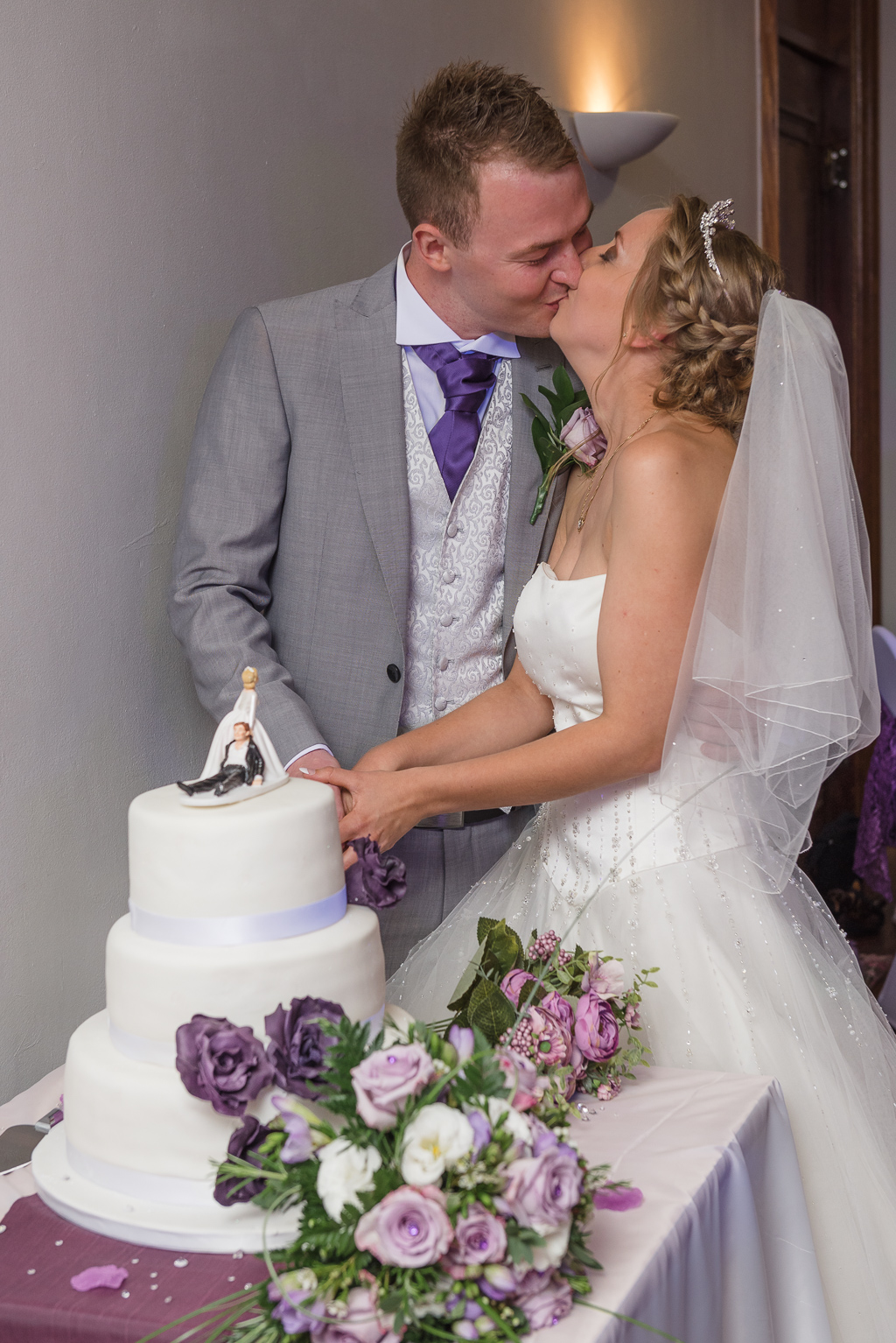 Cake Cutting Barnehurst Golf Club | Oakhouse Photography