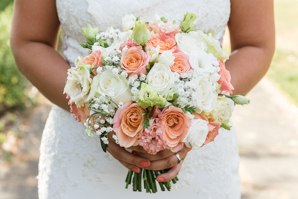 Bride's bouquet at Danson House Bexley wedding | Oakhouse Photography