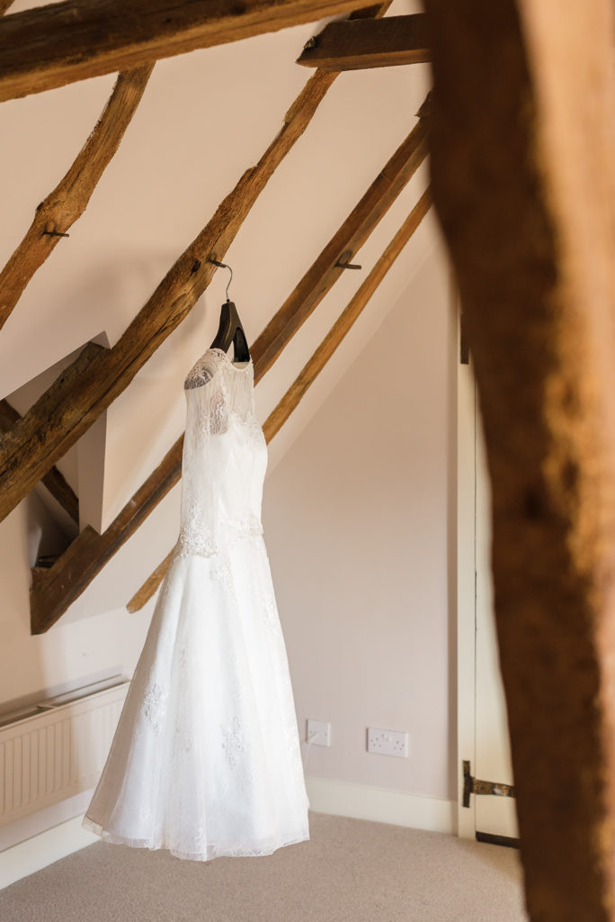 Bridal prep at The Sun Inn Faversham Kent | Oakhouse Photography