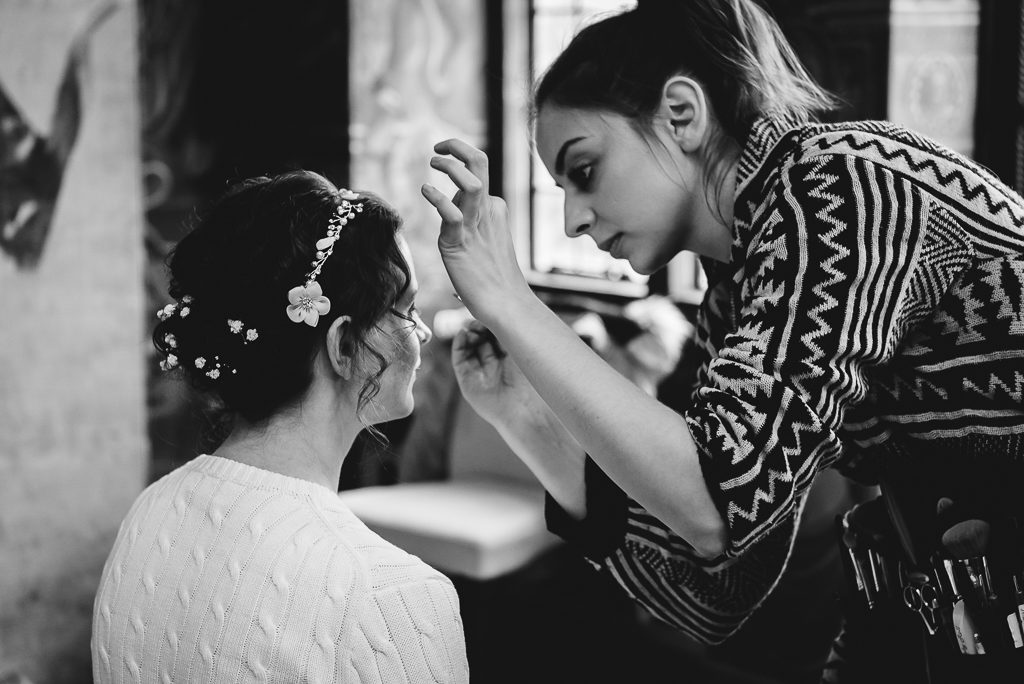 Port Lympne Moroccan Courtyard Wedding | Photographers Oakhouse Photography | Bridal Prep
