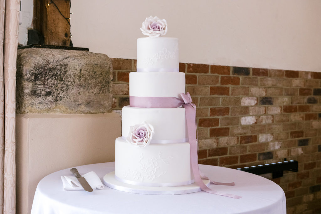 Long Furlong Barn Wedding | Oakhouse Photography | Wedding Cake